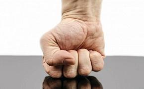Non-aligned advisers continue fight against LIF