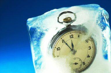 frozen clock