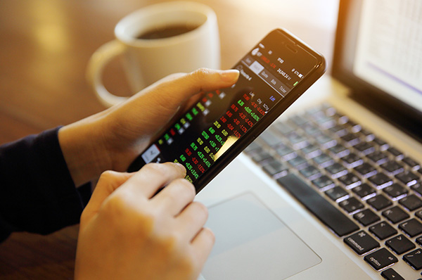 Clients at risk of costly errors through day trading