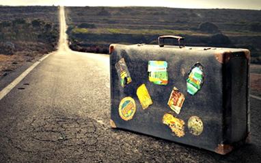 Travel, luggage, breakaway